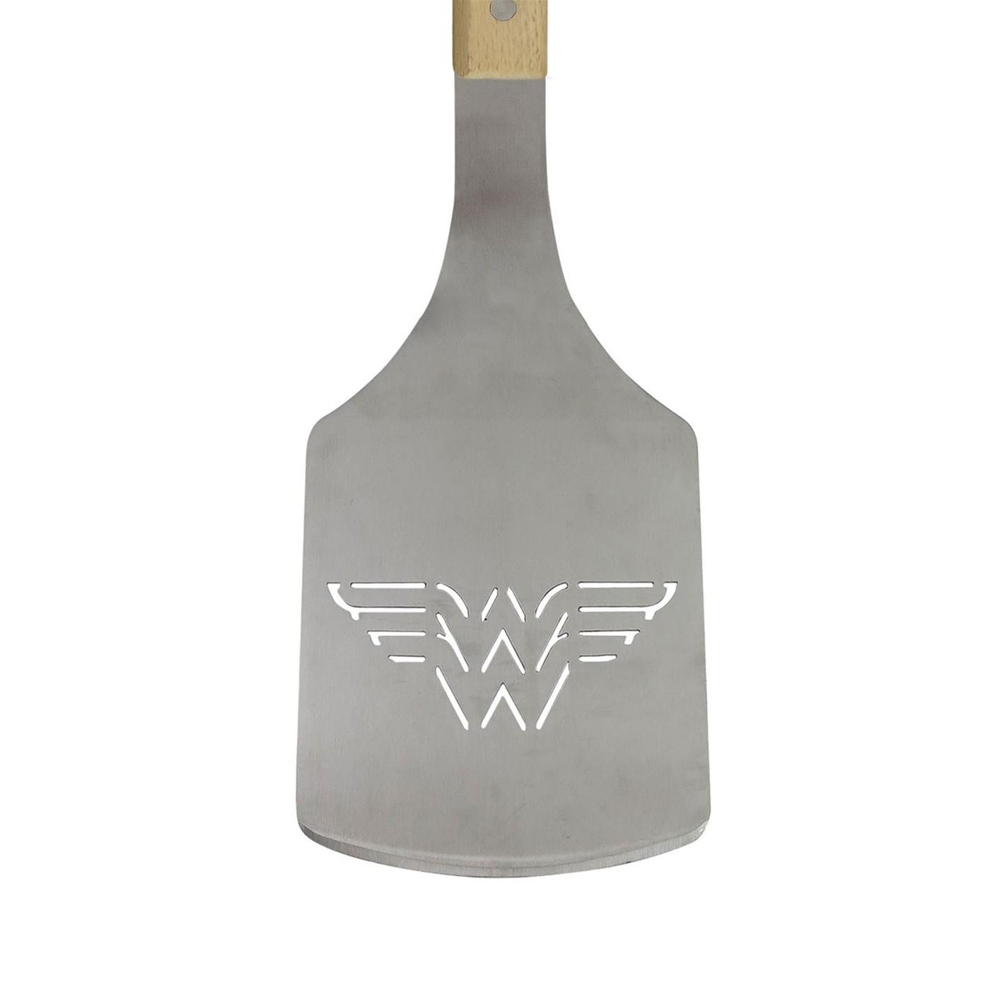 Wonder Woman Grill Tool Set