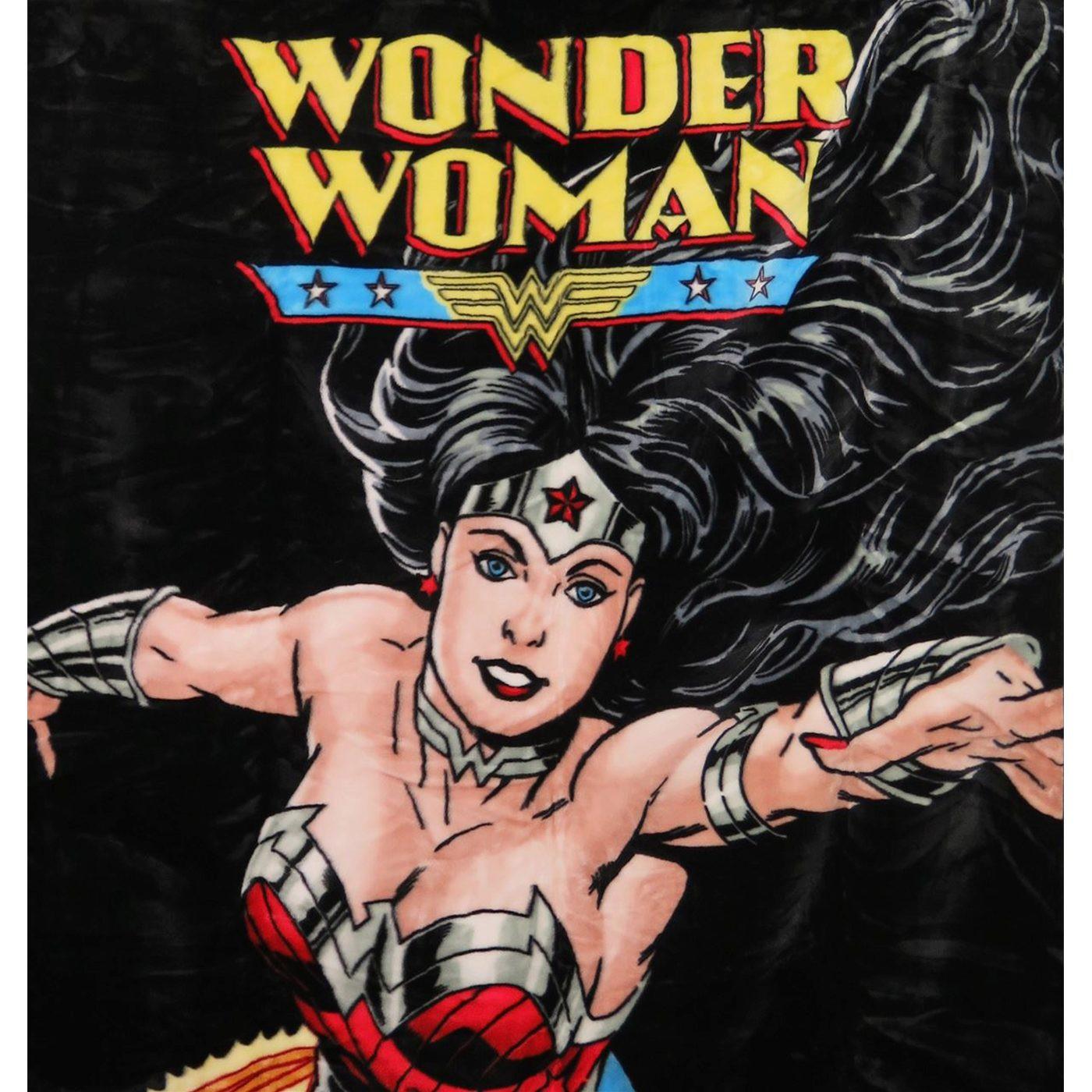 Wonder Woman Flight Twin Plush Blanket