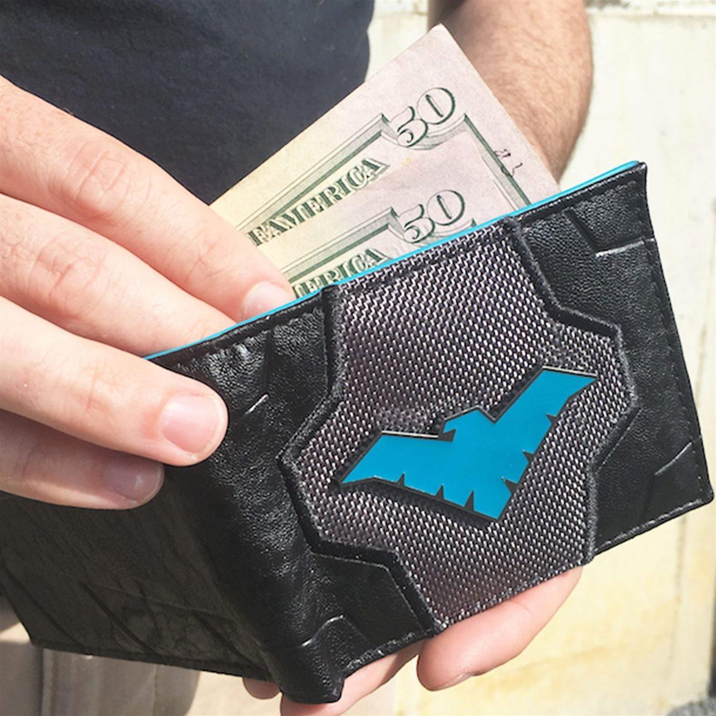 Nightwing Suit-Up Men's Bi-Fold Wallet