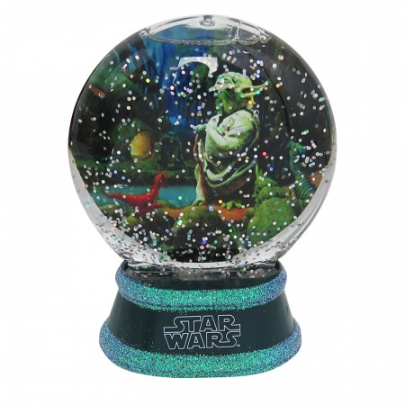 Star Wars Yoda Snow Globe