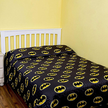 Batman Emblem Grey Queen Size Bedspread