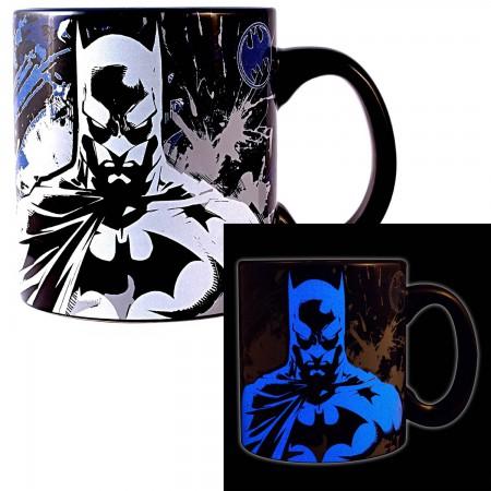 Batman Glow In The Dark 20oz Coffee Mug